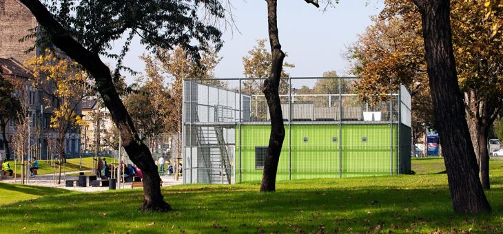 Fido Park met buurthuis in het 8e district in Budapest Hongarije