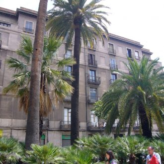 Hotel in Barcelona aan de kust in Spanje